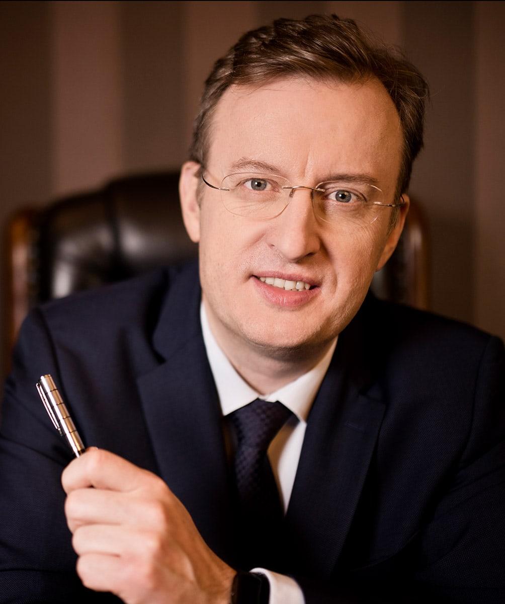 Adam-Sikorski_Prezes-Zarzadu_PGM-Polska-Grupa-Motoryzacyjna