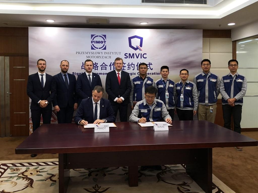 PIMOT buduje w Chinach polską markę, nawiązując strategiczną współpracę z chińskim instytutem badawczym SMVIC